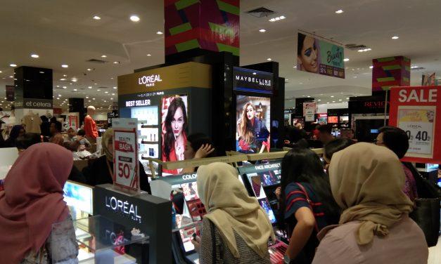 Berburu Diskon Kosmetik di Centro Beauty Bash